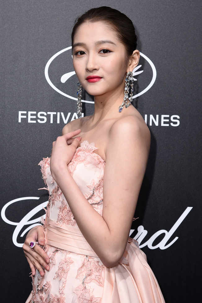 Guan Xiaotong Beautiful Chinese Actress