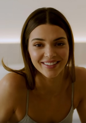 Kendall Jenner Net Worth, Age, Height, Weight, Sibling, Family, Wiki & Bio