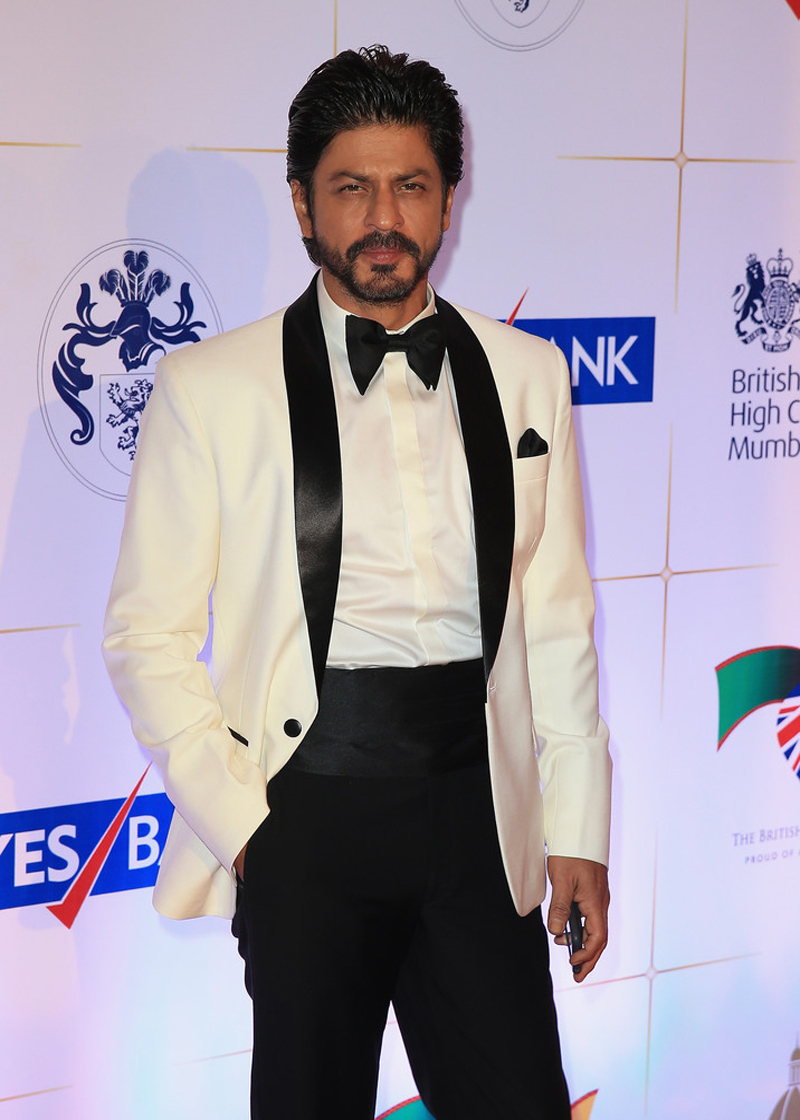 Shah Rukh Khan Age, Wife, Son, Daughter & More