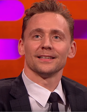 Tom Hiddleston Net Worth, Dating History, Family, Age Height & Weight