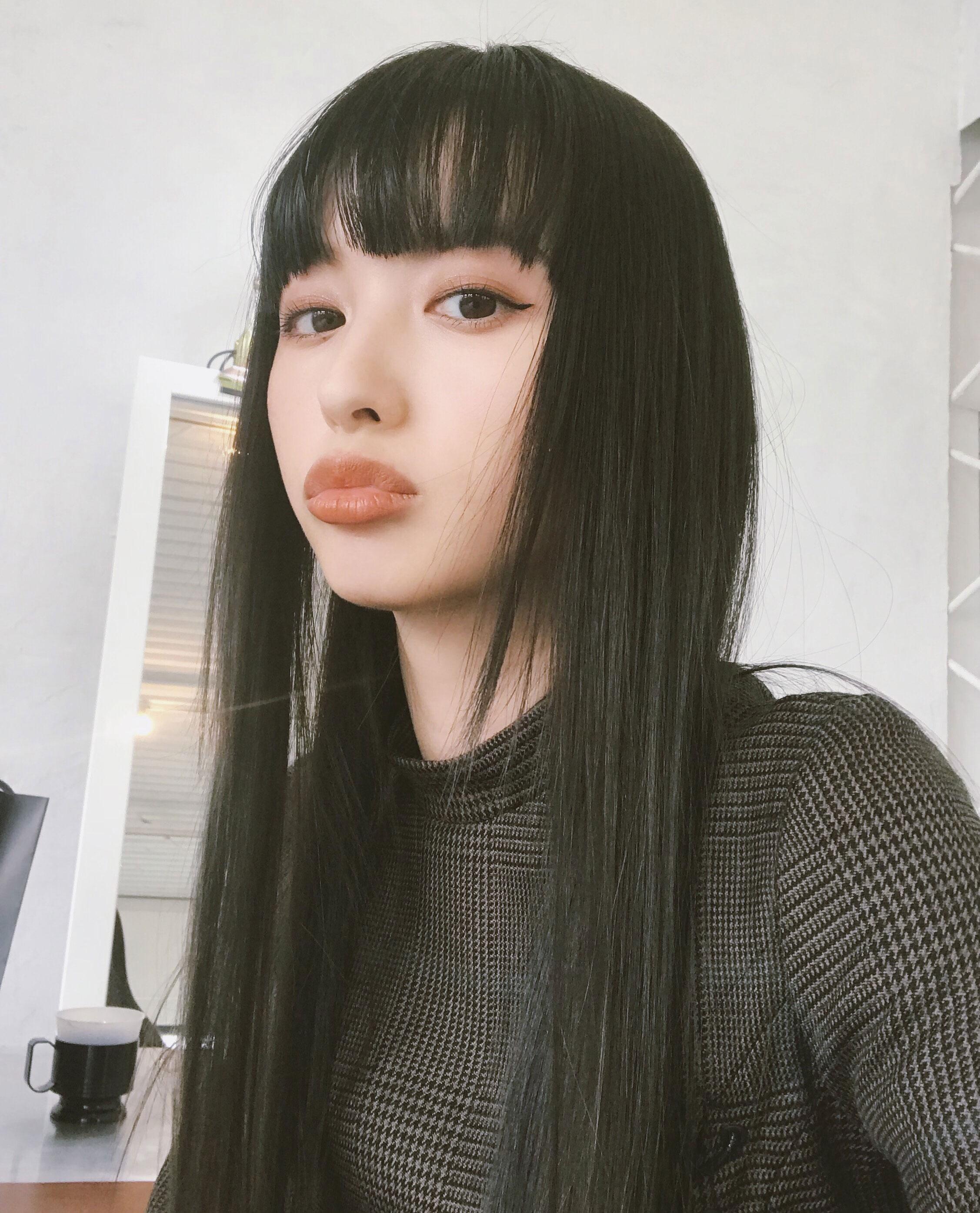 Emi Suzuki - Top Most Beautiful Chinese Models