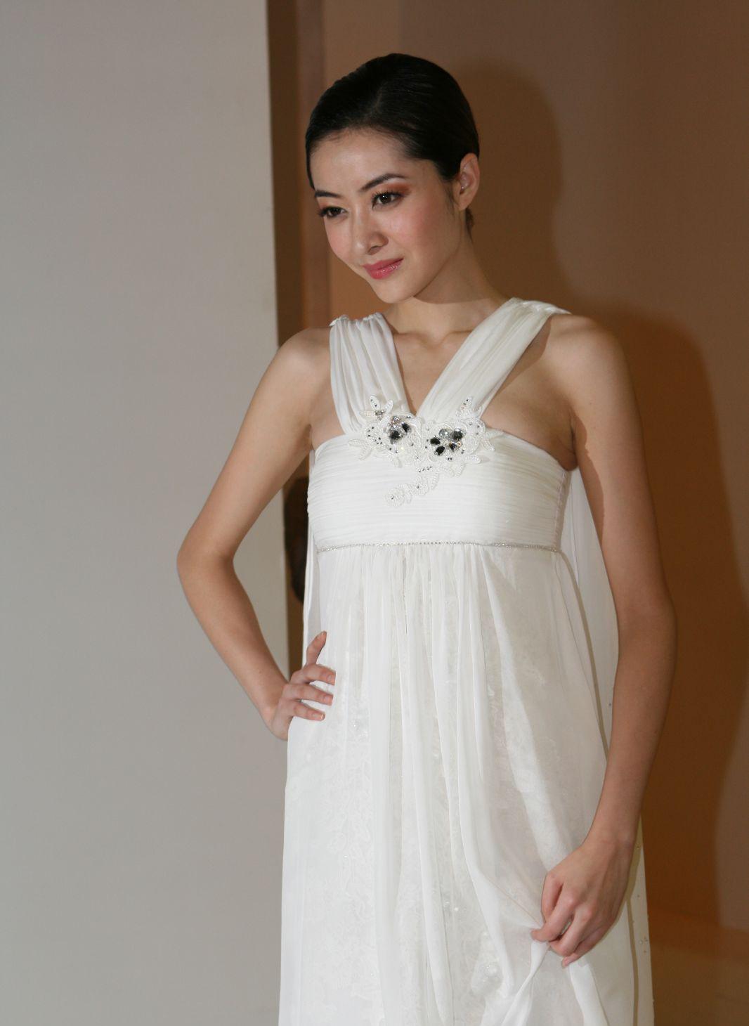 Lynn Hung Pretty Chinese Model