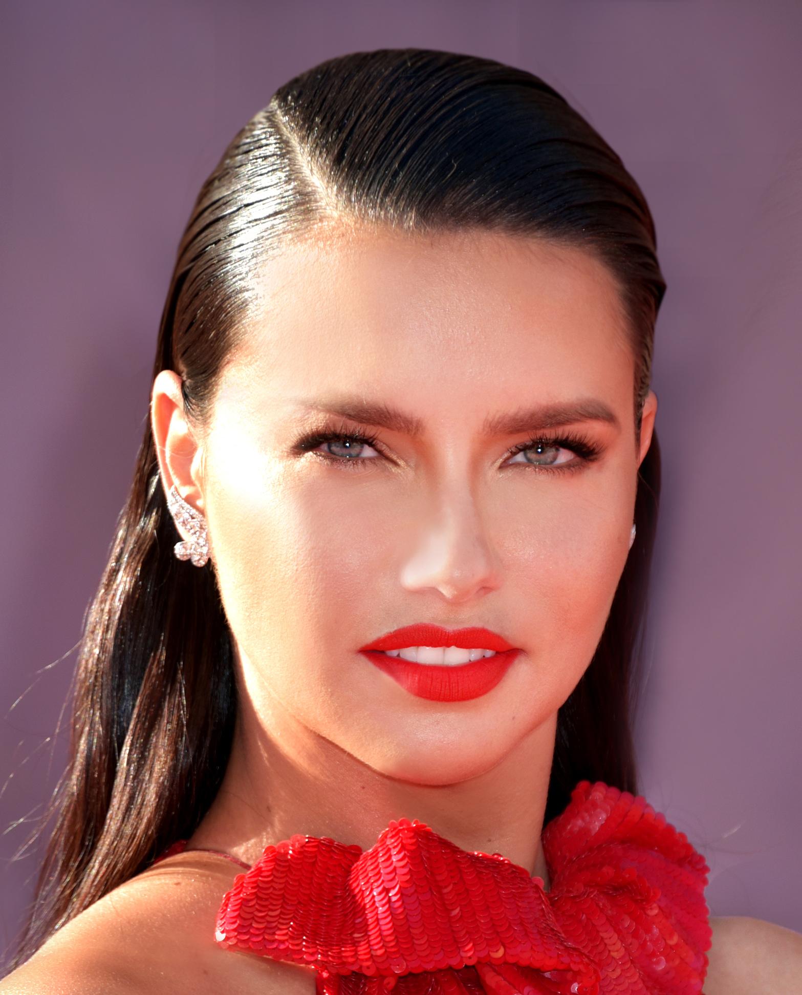 Adriana Lima - Top 10 Supermodels