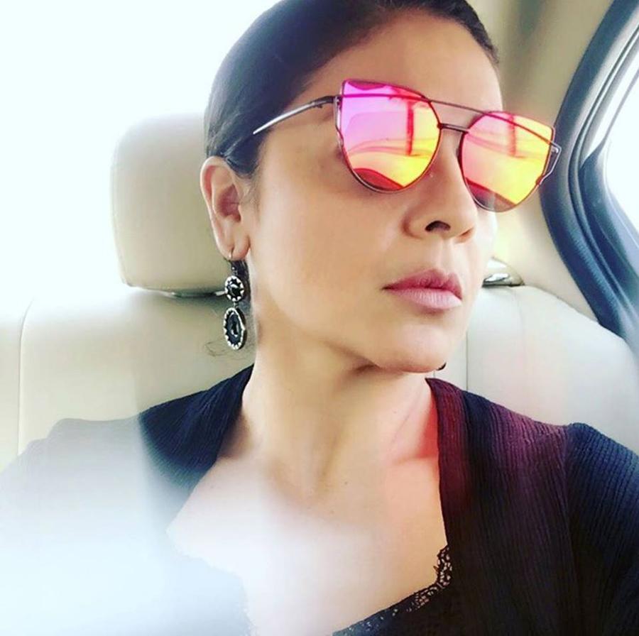 Pooja Bhatt Sister