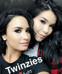 Demi Lovato with her Sister Madison