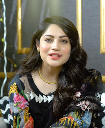 Neelam Muneer Family, Sister, Age, Height, Bio, Wiki, Net Worth & Husband