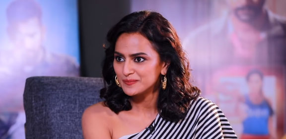 Shraddha Srinath Age, Height, Net Worth, Movies, Husband & Family