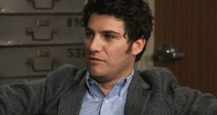 Adam Pally Age, Height, Weight, Wife, Kids, Family, Bio, Wiki & Net Worth