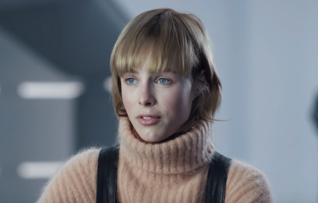 Edie Campbell Age, Height, Weight, Family, Sister, Boyfriends, Bio & Wiki
