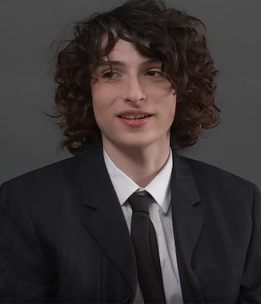 Finn Wolfhard Net Worth, Age, Height, Weight, Family, Brother, Bio & Wiki