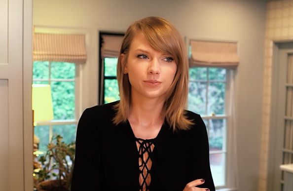 Taylor Swift Net Worth Age Weight Family Awards Boyfriend Bio Wiki