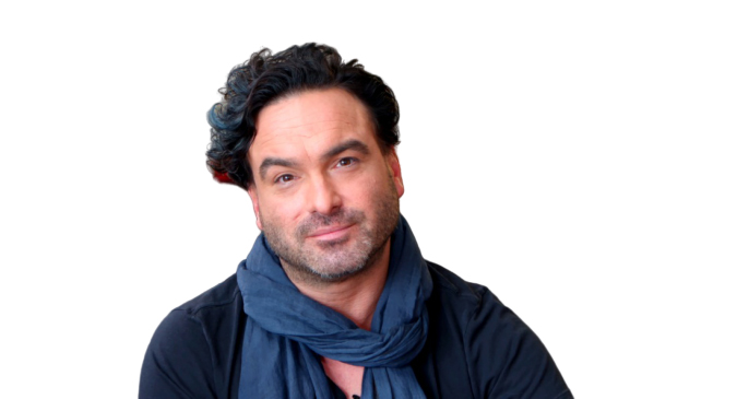 Johnny Galecki Age, Bio, Wiki, Parents, Siblings, Career, Movies, TV Shows, Awards, Net Worth, Partners & Son