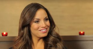 Trish Stratus Husband, Kids, Sisters, WWE Career, Net Worth, Age & Wiki