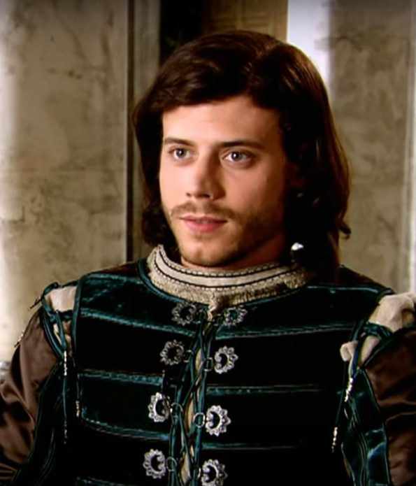 Francois Arnaud Net Worth, Wife, Bio, Wiki, Family, Career, Age & Height