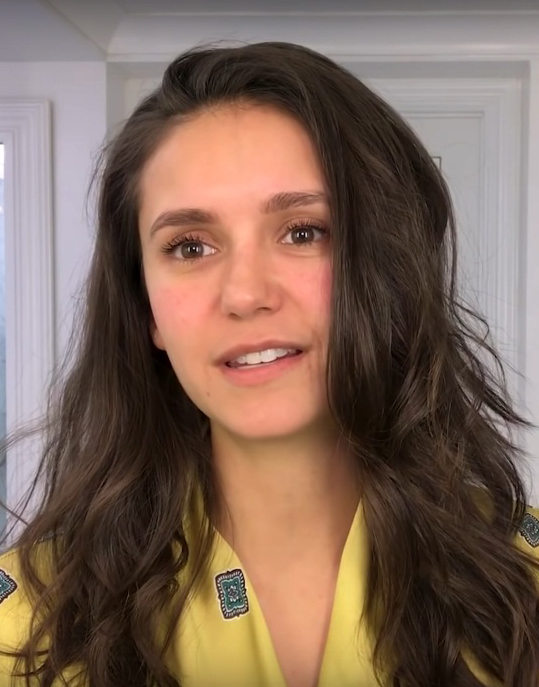Nina Dobrev Age, Height, Biography, Wiki, Family, Career & Net Worth