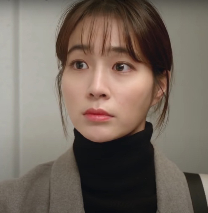 Lee Min-jung Age, Family, Biography, Wiki, Husband, Kids & Net Worth