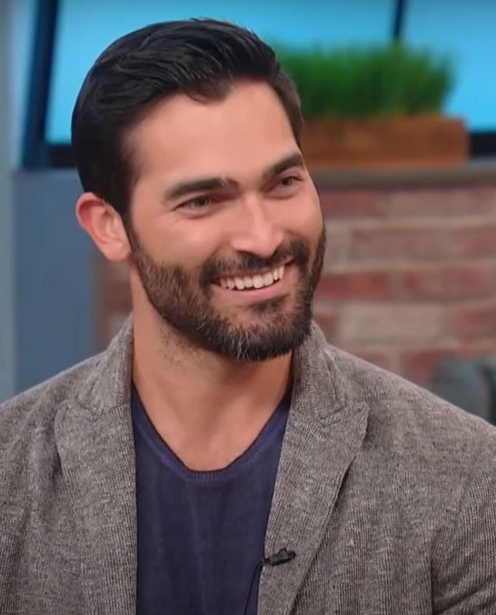 Tyler Hoechlin Age, Height, Biography, Net Worth, Movies, Siblings & Wife