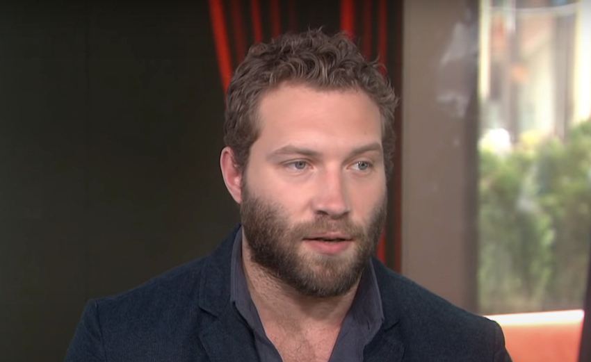 Jai Courtney Age, Height, Biography, Wiki, Family, Education, Net Worth, Movies, TV Shows, Awards & Wife