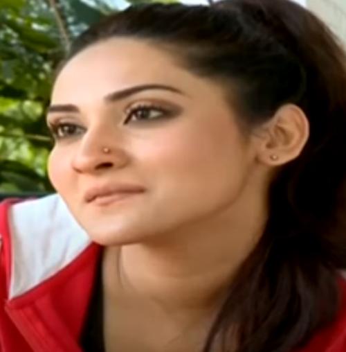 Sana Askari Age, Wiki, Biography, Career, Family, Husband, Movies, TV Shows, Dramas, Son, Mother & Net Worth