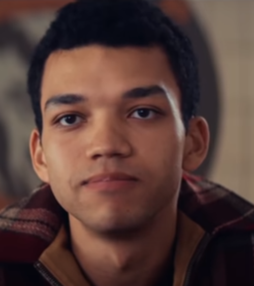 Justice Smith Age, Biography, Parents, Education, Wiki, Career Debut, Movies, TV Shows, Awards & Net Worth