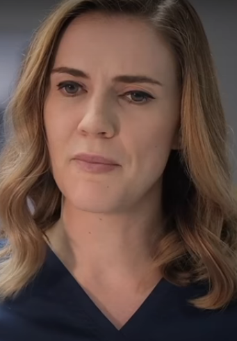 Sara Canning Age, Wiki, Family, Education, Career Debut, Movies, TV Shows, Husband, Awards & Net Worth