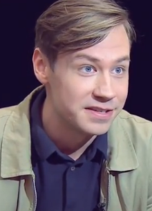 David Kross Age, Biography, Family, Wiki, Education, Career, Movies, TV Shows, Wife, Awards & Net Worth