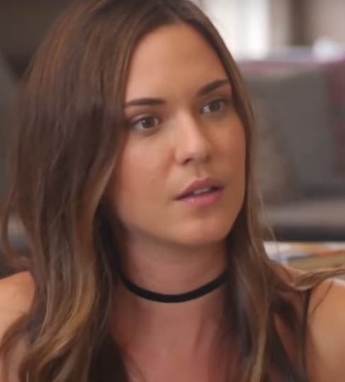 Odette Annable Age, Biography, Wiki, Family, Education, Career, Movies, TV Shows, Husband, Awards & Net Worth