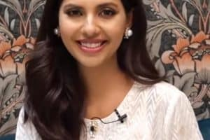 Sunita Marshall Age, Bio, Wiki, Family, Education, Career, Husband, Net Worth, Dramas, TV Shows & Awards